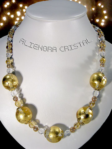 Photo collier perles cristal